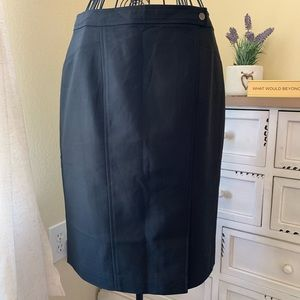 ANN TAYLOR Career Black Pencil Skirt